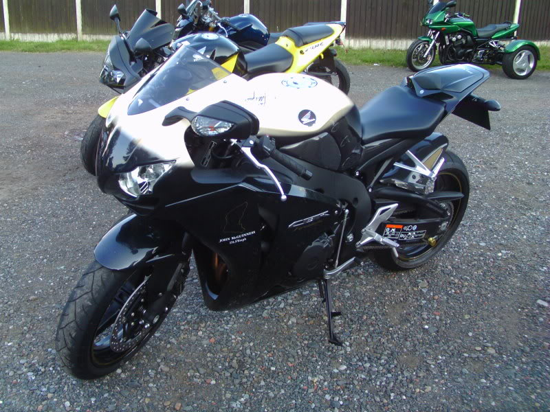 Bike meet near Bridgenorth...some lovely LC's! IMAG0361
