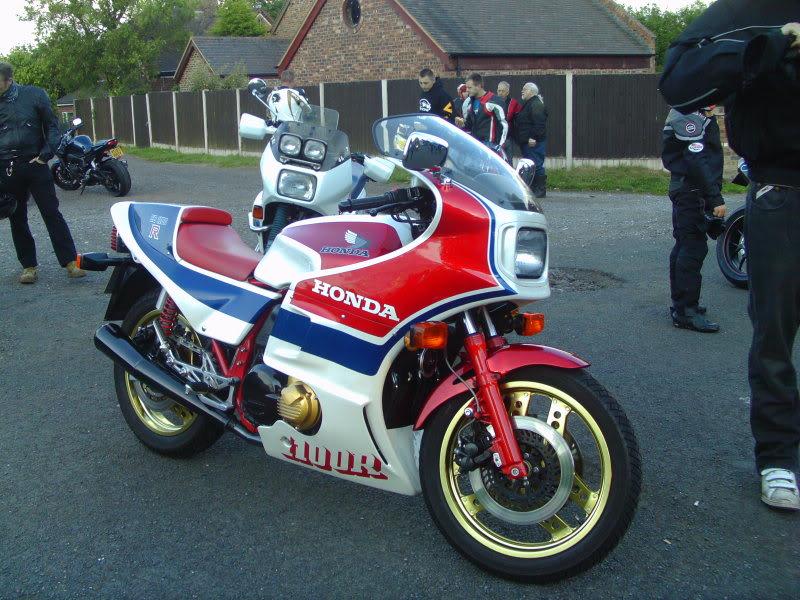 Bike meet near Bridgenorth...some lovely LC's! IMAG0363