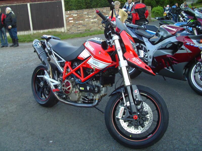 Bike meet near Bridgenorth...some lovely LC's! IMAG0364
