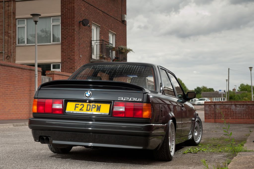 The latest with the E30 project. DSC_2621