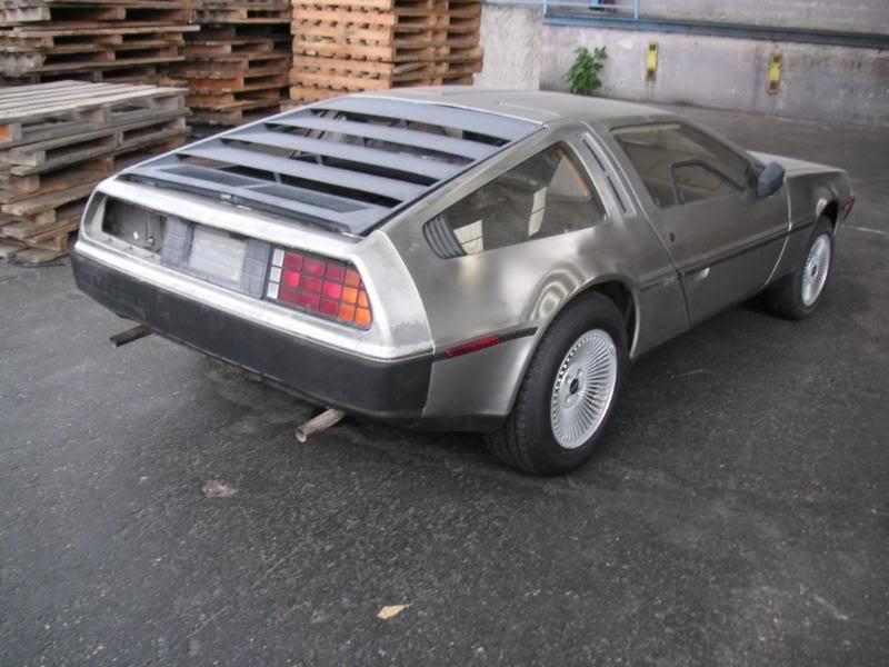 Votre voiture en photos (pas trop larges) Delo001