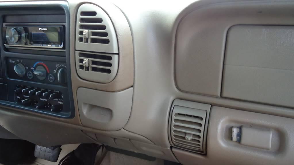 http - usaci forumotion com - Usaci Memphis Car Show! DSC00757