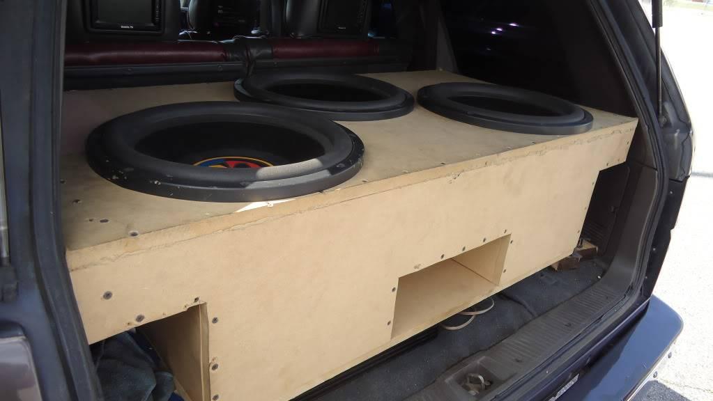 http - usaci forumotion com - Usaci Memphis Car Show! DSC00789