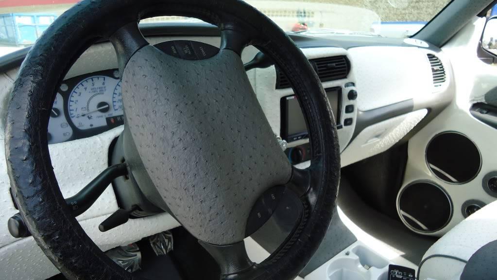 http - usaci forumotion com - Usaci Memphis Car Show! DSC00805