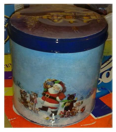 Alcune scatole di latta natalizie Lattapittorico-1