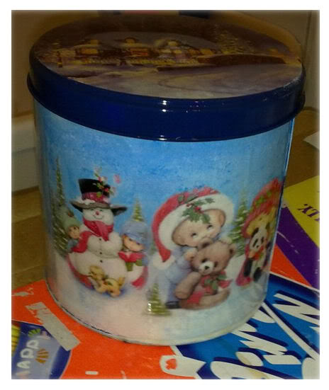Alcune scatole di latta natalizie Lattapittorico2-1