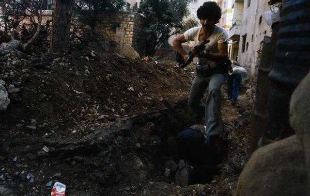 scènes de combat (armée libanaise, palestinien, chrétien...) 42-17226605