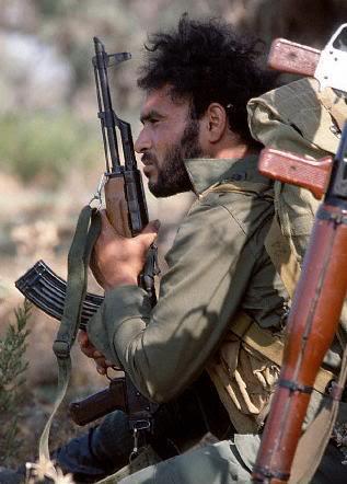 scènes de combat (armée libanaise, palestinien, chrétien...) FD002275
