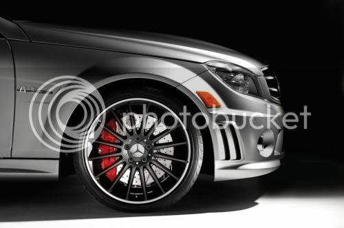 Mercedes C63 AMG Affalterbach có giá 81.500 USD 1295068724-oto-xemay-C63-AMG-2