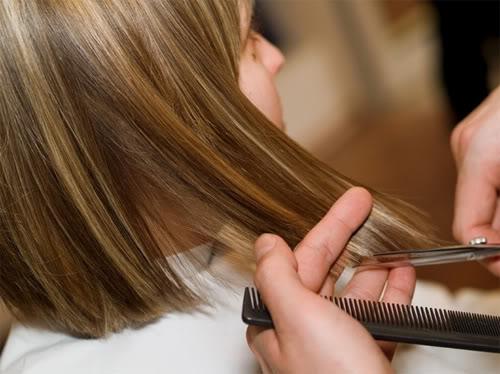Mẹo từ chuyên gia cho tóc mọc nhanh 1300441158-tao-kieu-toc3