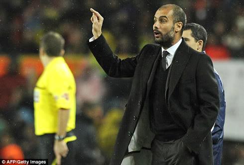 """Sợ bị Chelsea và MU """"cướp"""", Barca """"trói"""" Guardiola 212a2"""