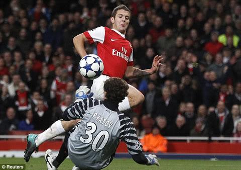 Tin hot nhất: Arsenal đại thắng trong ngày hội ngộ Eduardo  21a1