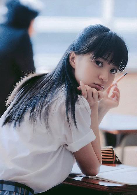 Ngắm nữ sinh Nhật đẹp rạng ngời với đồng phục  22