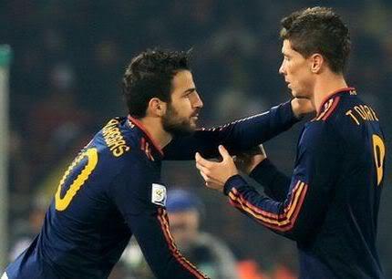 """Có tiền quảng cáo, Barca quyết """"tậu"""" cả Fabregas lẫn Torres 94d0da73a9359a"""