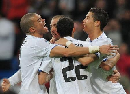 C. Ronaldo lập kỷ lục số bàn thắng năm 2010 94d1a1346c25cf