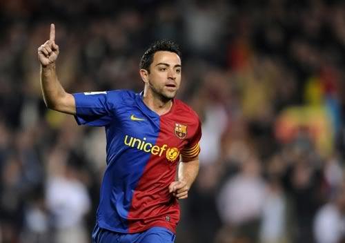 Xavi cân bằng kỉ lục của huyền thoại Barcelona 94d2123f2e384c