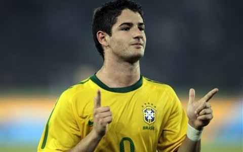 Tin tức nhanh bóng đá: Brazil dễ dàng đè bẹp Iran Bra2