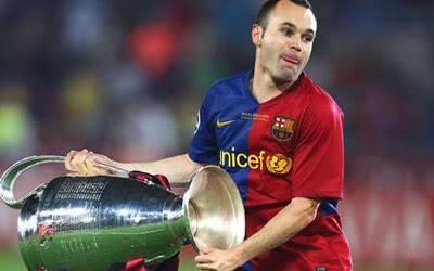Man City trả 100 triệu euro mua Iniesta: Thật hay đùa? Dua1