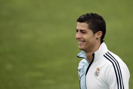 Ronaldo sẽ không thay đổi cá tính vì bất cứ ai Rolando-1