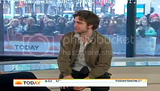 Rob @ Today' s Show... 1er Mars 2010 Th_0000x08h