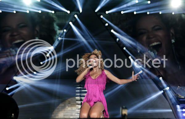 Juin 2011 - 3 concerts en France - Page 8 2-1