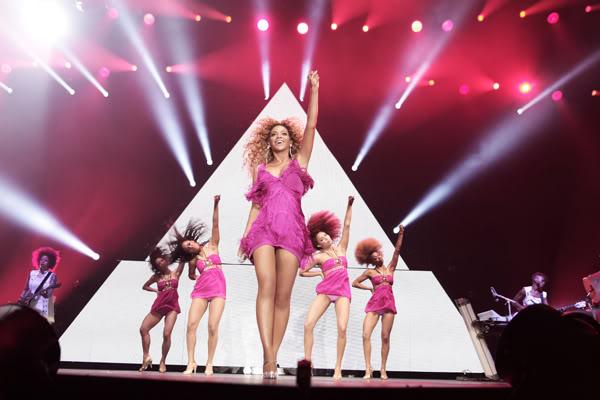 Juin 2011 - 3 concerts en France - Page 8 4-1