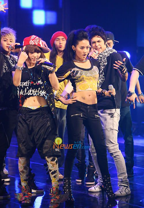 [PERF][20.05.10] 4Min @ CB stage Mnet MCountdown : Who's next + HuH 2010052020413810021