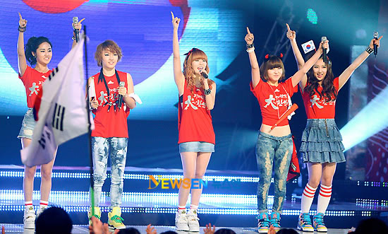 [PERF][17.06.10] 4Minute Wins @ M!Countdown (updated #4) 2010062111495410021