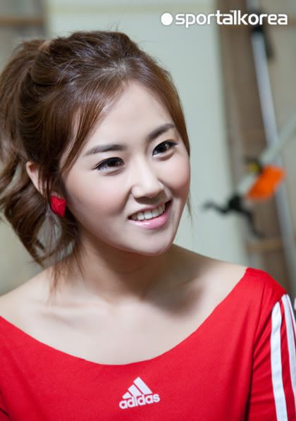 [OTHER][28.05.10] Interview for Sportal Korea 5c0910957a847e337af4802