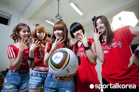 [OTHER][28.05.10] Interview for Sportal Korea 9adcf01f4338ea31304e153