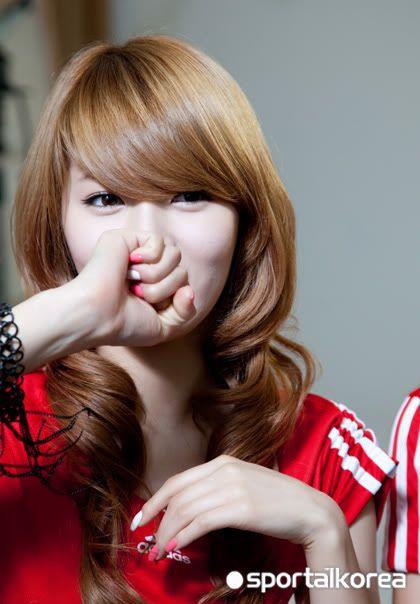 [OTHER][28.05.10] Interview for Sportal Korea A6e1fd1fde2950cee0fe0b2
