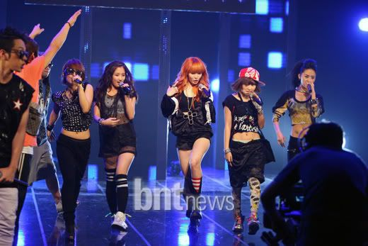 [PERF][20.05.10] 4Min @ CB stage Mnet MCountdown : Who's next + HuH F7af3d940efa58e97a64dd5