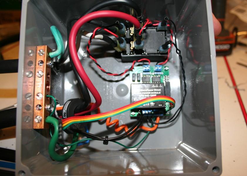 [open-evse] Borne de recharge portative 8A à 16A (1.8kW à 3.7kW) FinishedOpen2