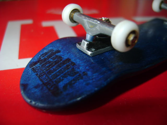 your fingerboard set-up DSC09983