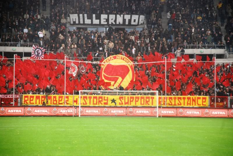 Aficiones de futbol comunistas Normal3o