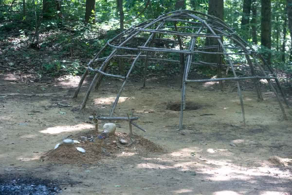 Sweat Lodge ili obredna sauna Sweat-lodge1