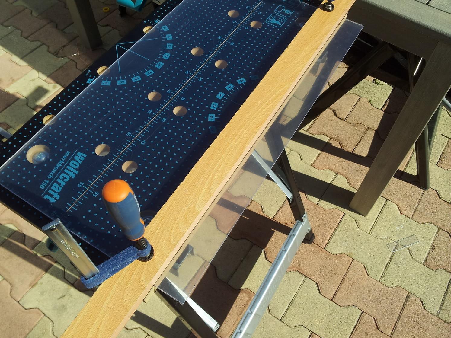 Réalisation support alu + couvercle plexy pour aquatlantis 84l 2012-03-05144241