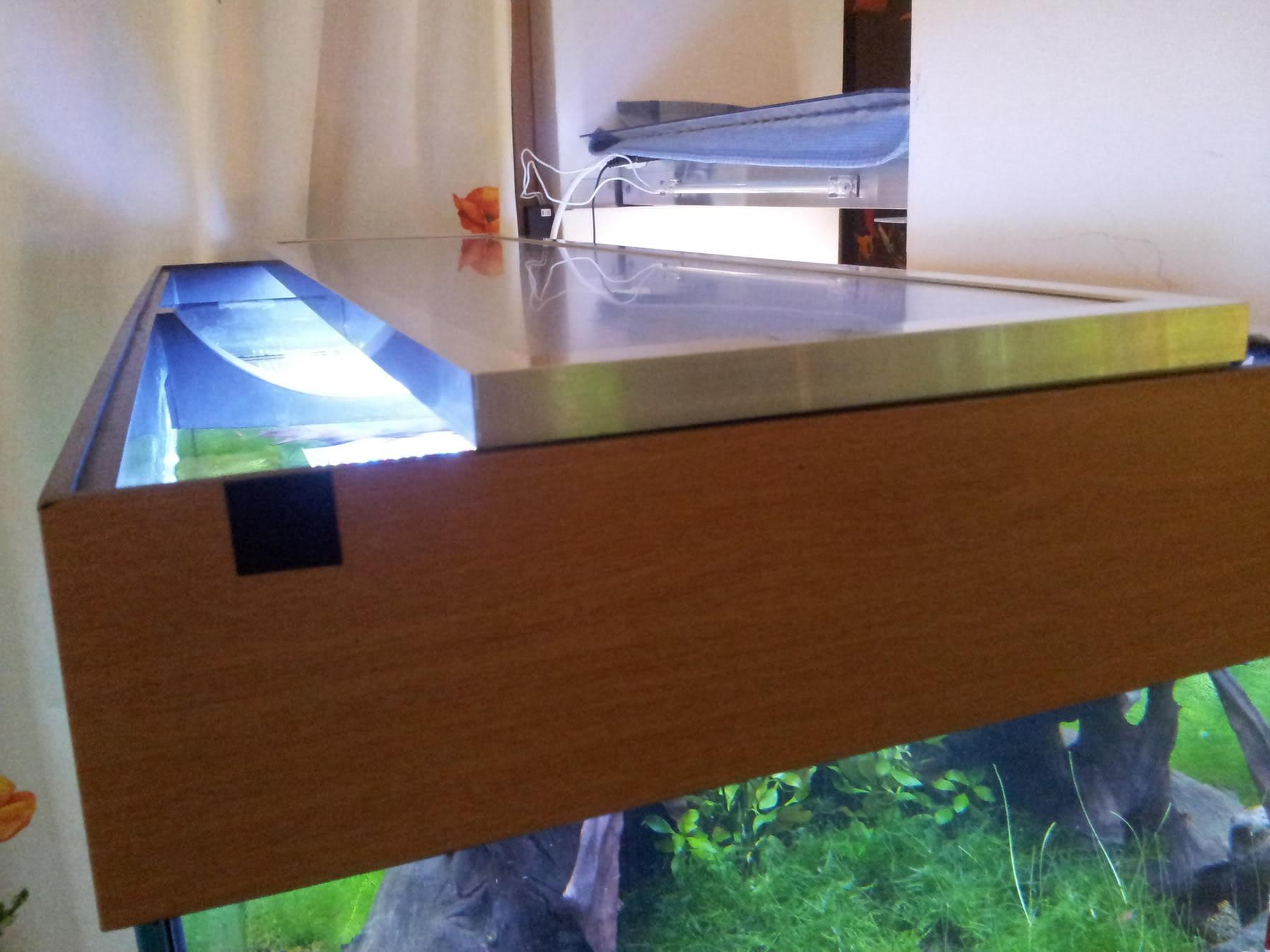 Fabrication galerie LED pour Juwel rio 125 (80cmx20cmx1.8cm) 20120715_205750