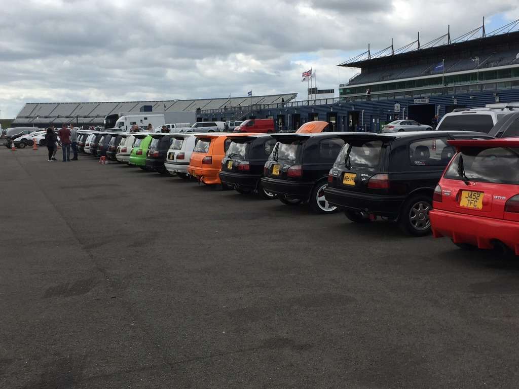 A few pictures from the rockingham anniversary meet Image.jpg3_5