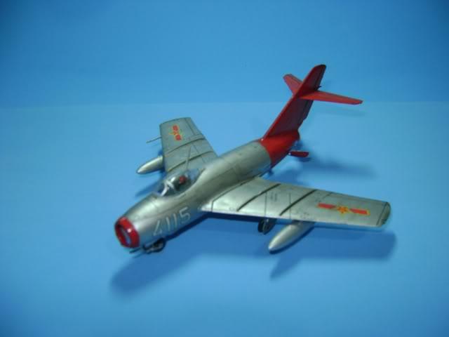 Mikoyan Gurevich MiG-15 Fagot 1/72 Hobby Boss DSC02364
