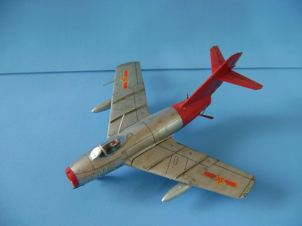 Mikoyan Gurevich MiG-15 Fagot 1/72 Hobby Boss DSC02382