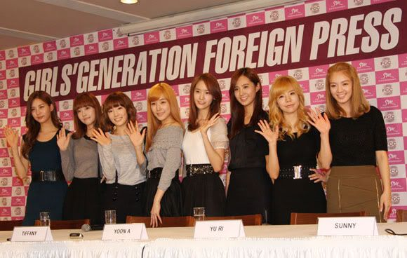 [News] SNSD has eyes on the Asian music market 20101101_snsd_press_1