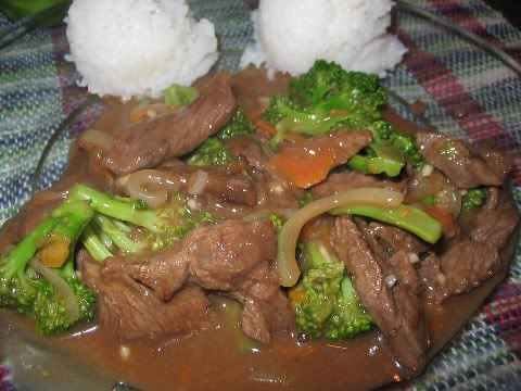 Boeuf à l'orange et au brocoli à l'asiatique Boeuf-lorange-au-brocoli-lasiatique