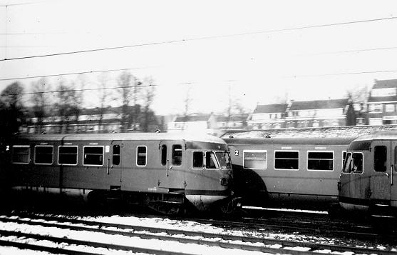 79 Squadron ambulance train rotting away in Montzen sidings - Page 3 AarchenTrains