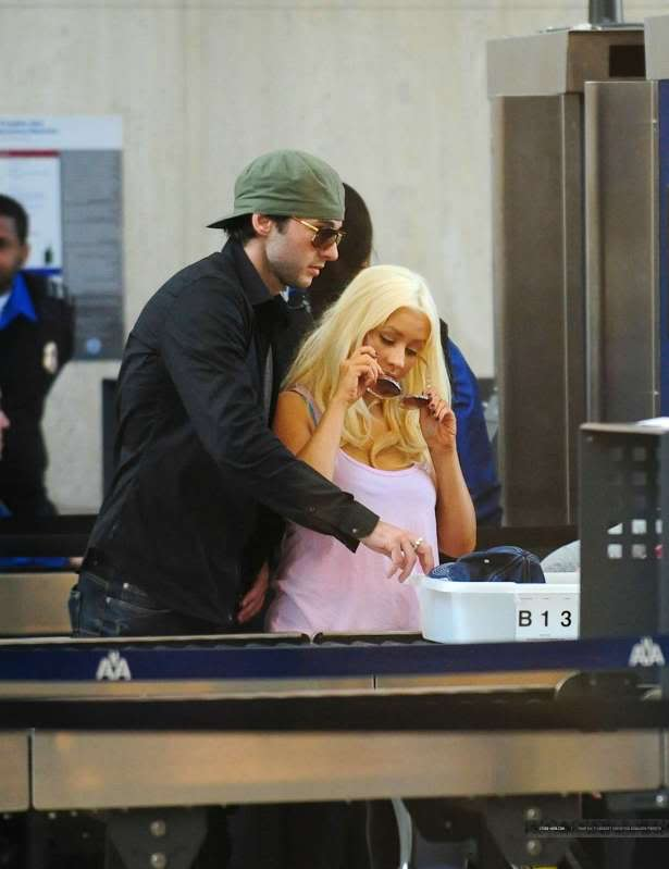Christina & Matt at LAX (30/05) LAX-April30th20113
