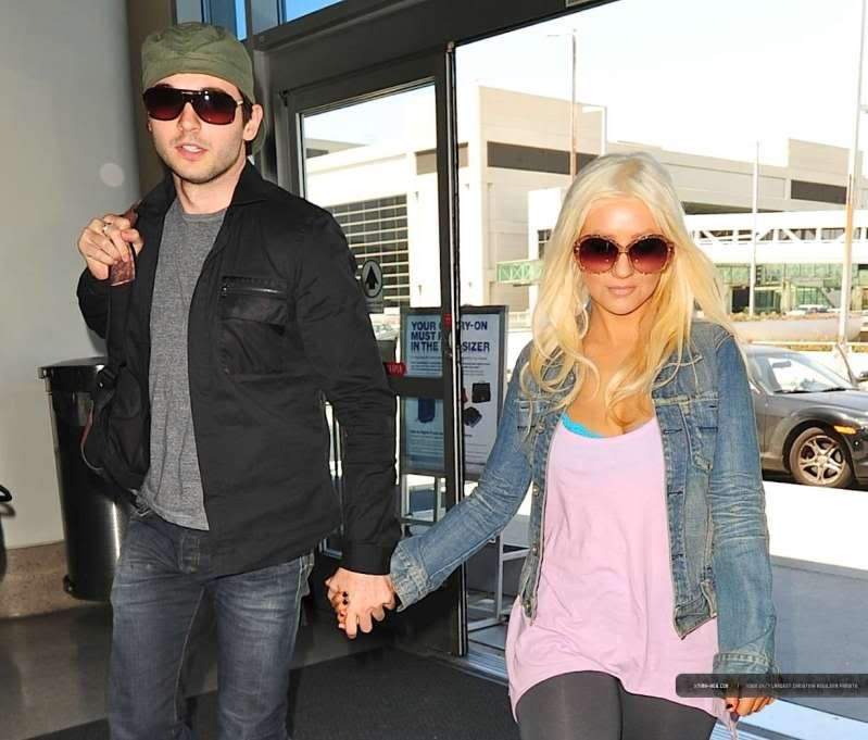 Christina & Matt at LAX (30/05) LAX-April30th20114