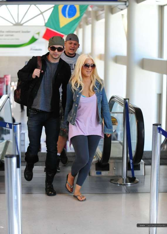 Christina & Matt at LAX (30/05) LAX-April30th20115