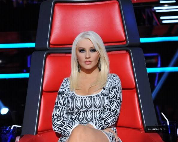 New stills from The Voice live shows TheVoiceSeason2LiveShowOne2