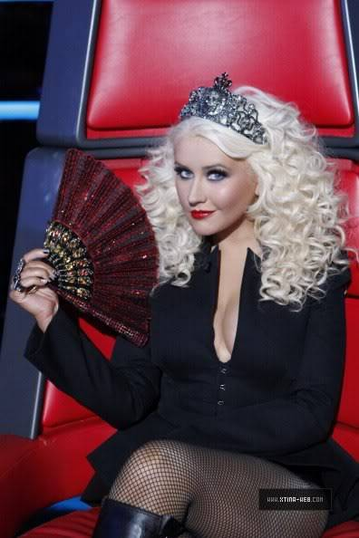 New stills from The Voice live shows TheVoiceSeason2LiveShowOne5