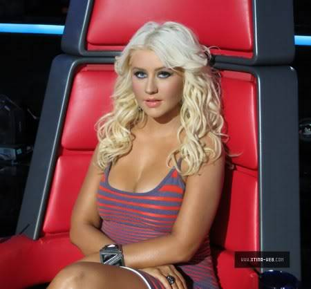 New stills from The Voice live shows TheVoiceSeason2LiveShowOneResults4